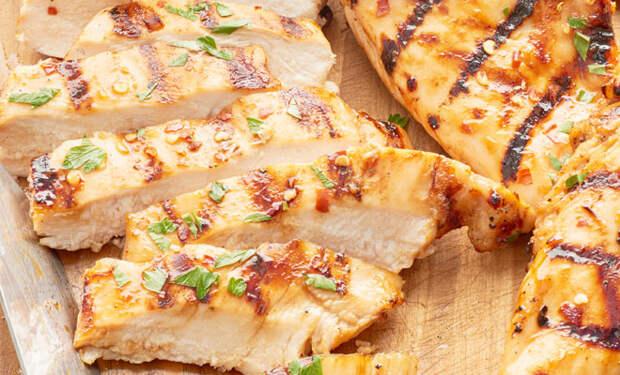 Куриная грудка: берем сухое мясо и делаем сочное второе