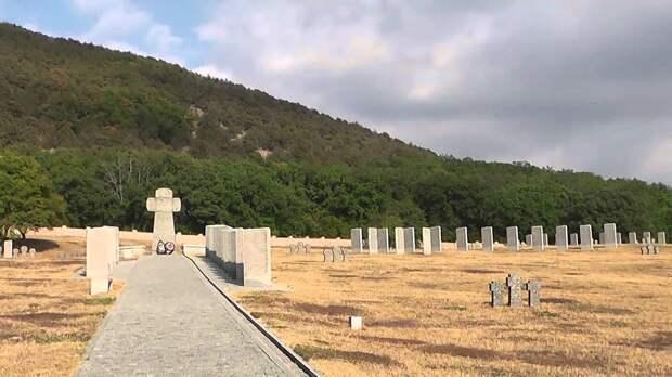Парадокс: На Западе сносят монументы советским солдатам, а в России невредимы мемориалы захватчиков