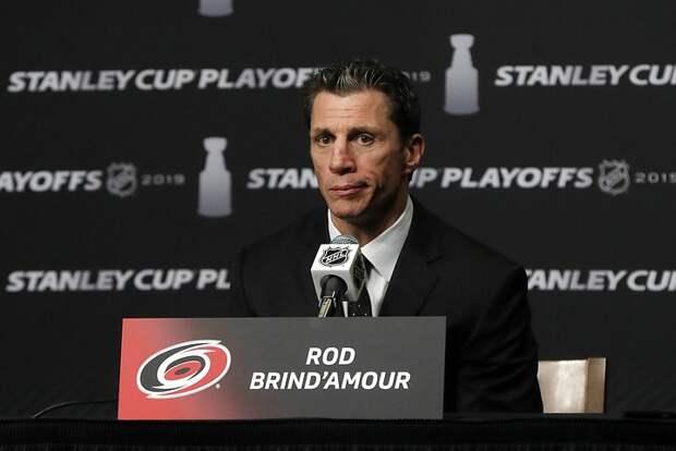 Лучшим тренером НХЛ стал Рон Бриндамор
