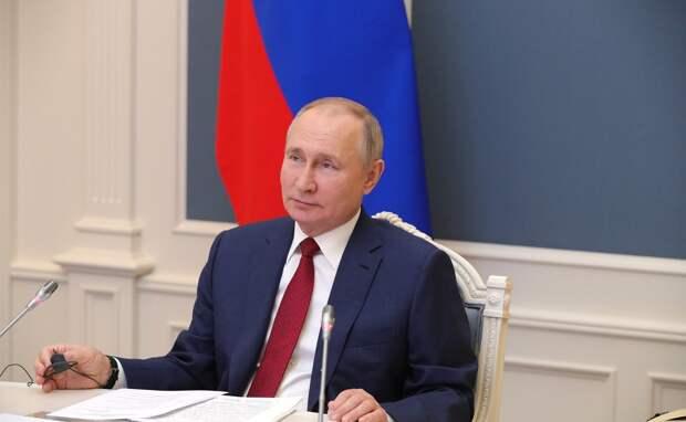 Путин объявил дни с 1 по 11 мая нерабочими