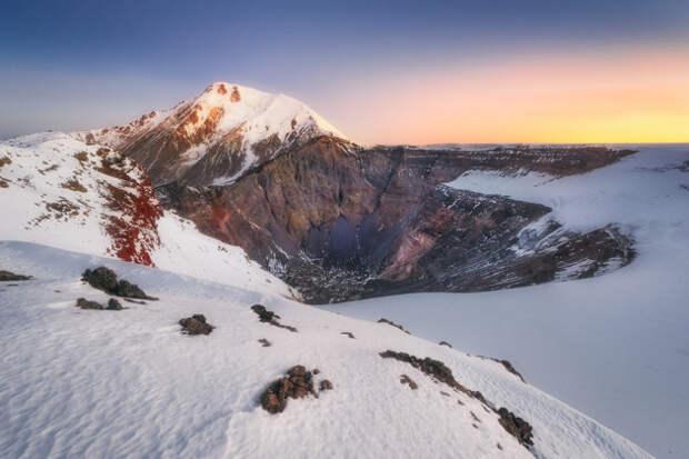 Рассвет на вершине Плоского Толбачика