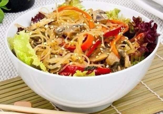 Самые вкусные блюда с рисовой лапшой