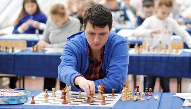 Студент из ЮВАО трижды выиграл чемпионат мира по шахматным композициям