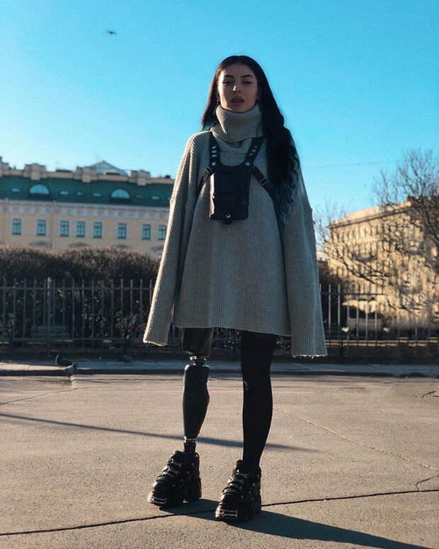 Красавица с Кавказа стала моделью с бионической ногой