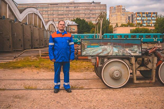 Московское метро изнутри: чего не видят пассажиры (ФОТО)