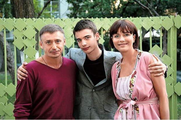 Злой рок Екатерины Семеновой. Почему актриса не смогла создать счастливую семью