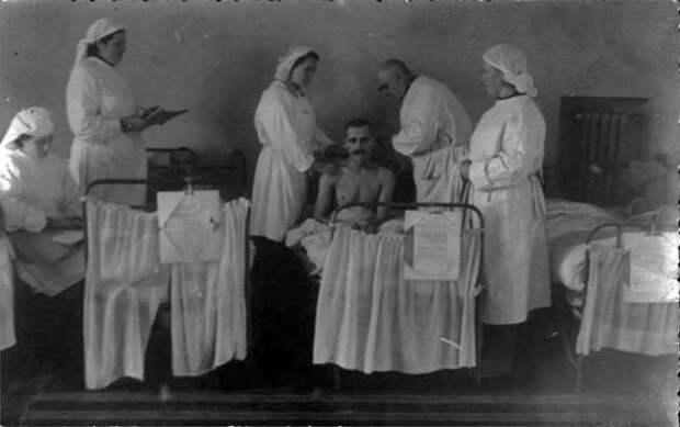 «Душегубы» и «холерники»: почему на Руси не любили докторов