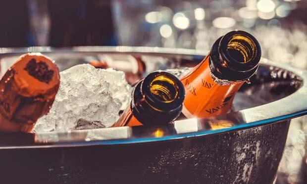 Стало известно, сколько шампанского произвели в Крыму за семь лет
