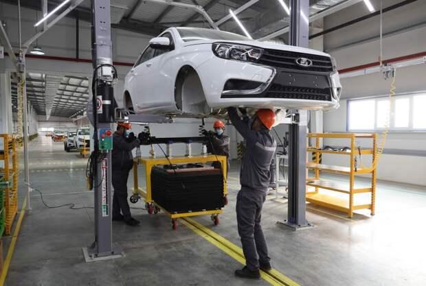 АВТОВАЗ начал серийную сборку автомобилей LADA в Узбекистане