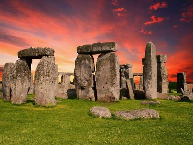 Древнее сооружение или мистификация? Ученые до сих пор сомневаются в происхождении Стоунхенджа
