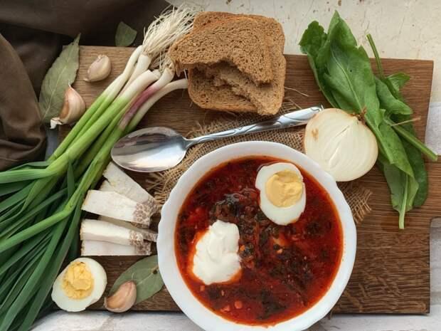 Google включил борщ в список вошедших в историю российских блюд