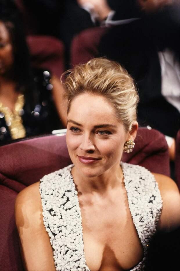 Шэрон Стоун на показе фильма Основной инстинкт в 1992 году.