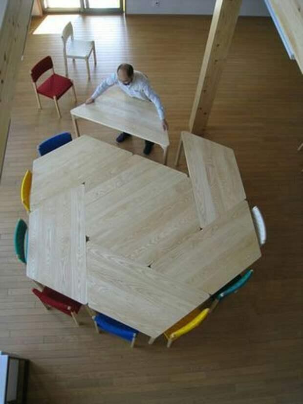 Стол из парт