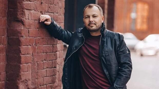 Андрей Малахов показал редкие кадры с поющим хит Лепса Ярославом Сумишевским
