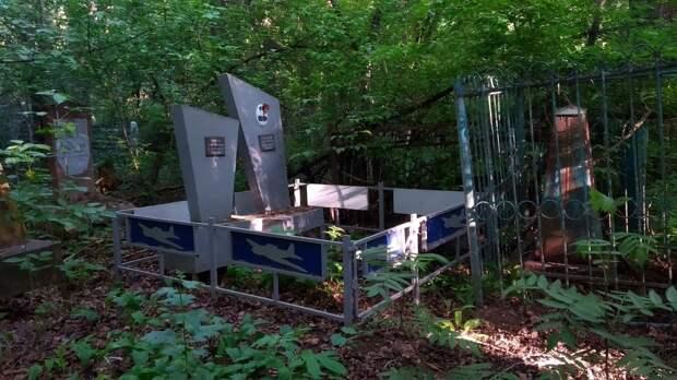 С 28 мая жителям Удмуртии разрешили ходить на кладбища