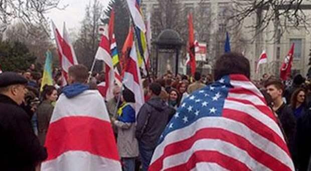 Михеев объяснил, почему Запад «сливает» белорусскую оппозицию