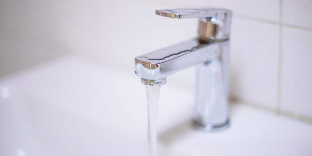 В доме на Нарвской восстановили подачу горячей воды