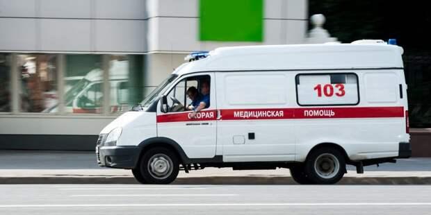 Мужчина выпал из окна дома на шоссе Энтузиастов и погиб