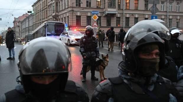 Политолог Простаков: Малочисленные митинги подтвердили закат карьеры Навального