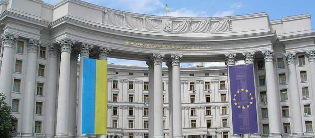 МИД Украины со скандалом завершил «оттепель» в отношениях с Венгрией