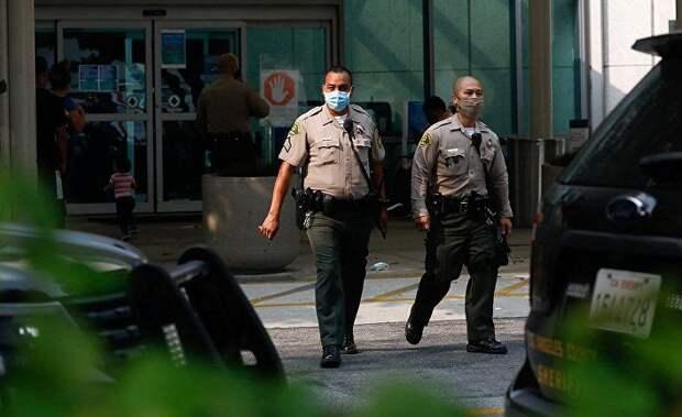 Fox News (США): два помощника шерифа округа Лос-Анджелес расстреляны из засады в Комптоне