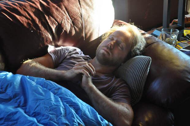 Если вы внезапно просыпаетесь между 3 и 5 утра - это первый признак духовного пробуждения!
