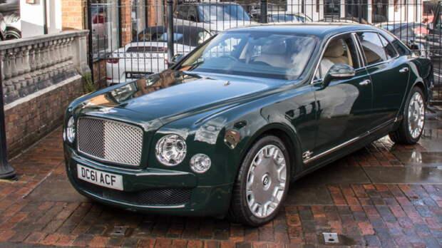 Bentley Mulsanne Елизаветы II продали почти за £180 тыс.