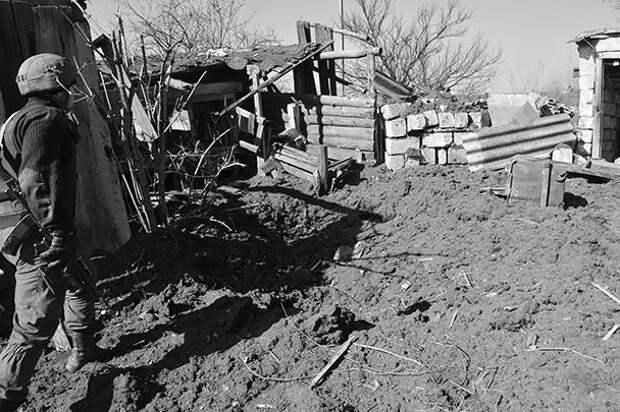Здесь шестой год постапокалипсис. Поселок Березовское простреливается, в нем почти не осталось жителей.