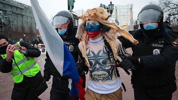 Целятся в Путина, стреляют в Россию. Почему незаконный митинг за Навального пройдёт 21 апреля