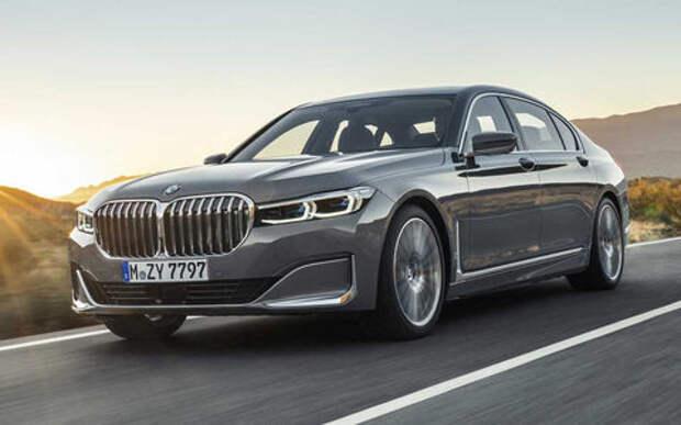 Обновленная «семерка» BMW: огромные ноздри и фары как у X7