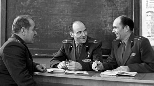 Как легендарный танкист Александр Оськин уничтожил «чудо-оружие» немцев