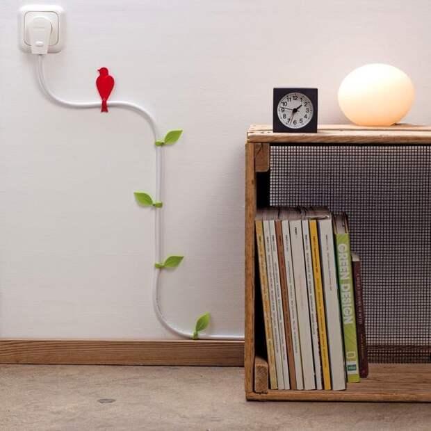 Как декорировать провода от компьютера и других устройств: лучшие идеи