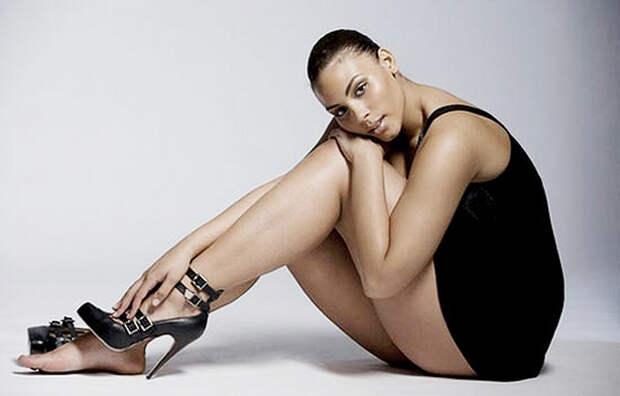 Красивая – не значит худая: Модели плюс-сайз, которые покорили мир