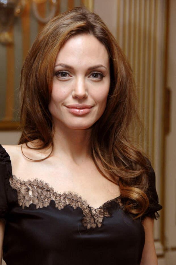 Анджелина Джоли. / Фото: www.oir.mobi