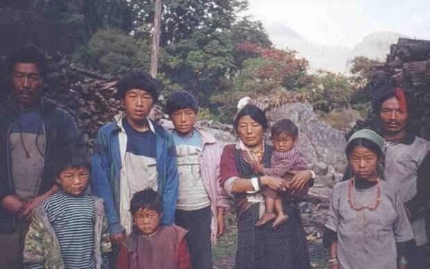 В Китае жена могла иметь двух мужей.