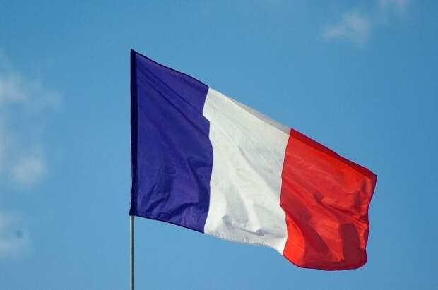 Франция начинает программу помощи армянам в Нагорном Карабахе