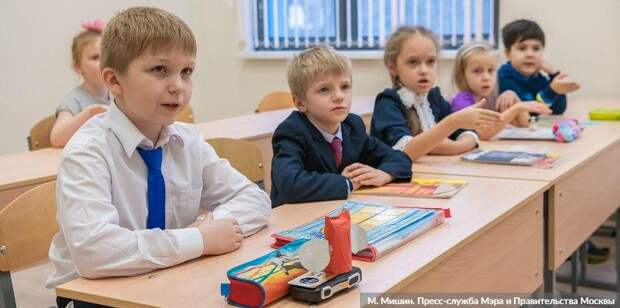Собянин рассказал, почему старшеклассников переведут на дистанционку Фото: М. Мишин mos.ru