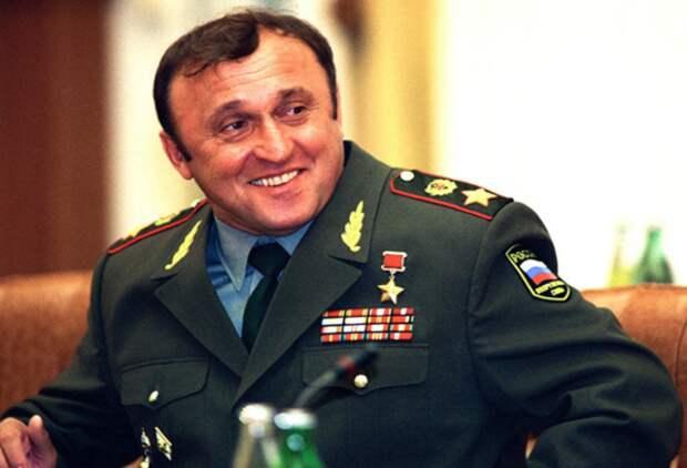 """Павел Грачев или """"Паша-Мерседес"""": самый худший """"лучший министр обороны РФ"""" и его загадочная смерть"""