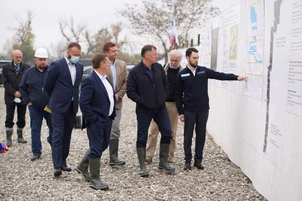 Марат Хуснуллин проверил ход строительства Бештерек-Зуйского водозабора