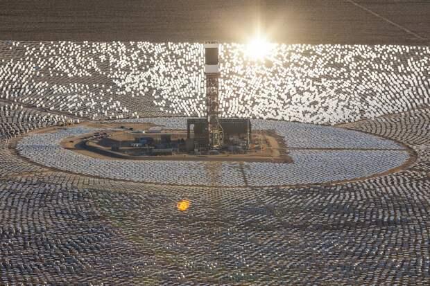 Крупнейшая термальная солнечная электростанция в мире