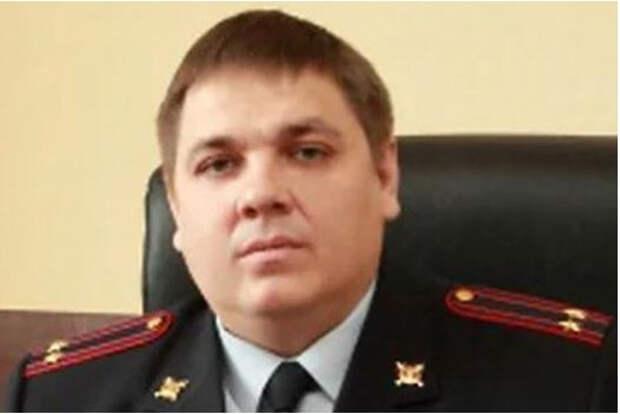 Подполковника МВД России с 22 квартирами уволили со службы