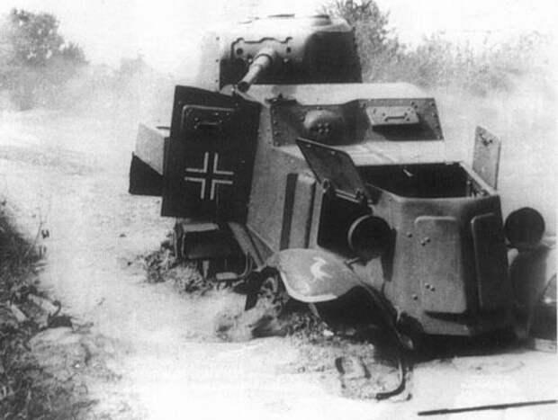 БА-10 подбит