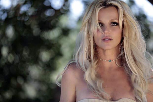Спасите Бритни Спирс: обзор западных музновинок недели