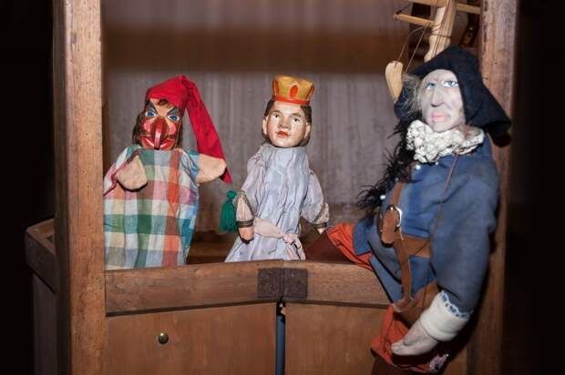 Театр кукол на Бажова попрощался со зрителями до сентября