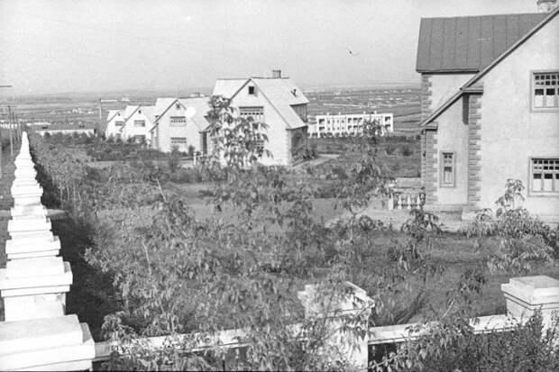 Фото населенного пункта для иностранцев «Березки» в советские времена были представлены как «рабочий поселок» (фото 1937 г). © Владислав Микоша.