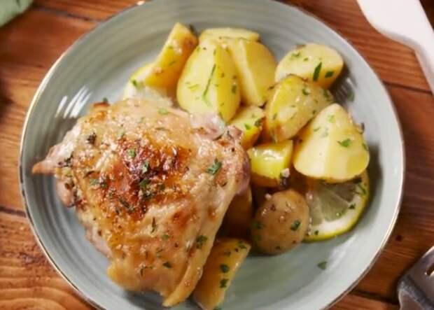 Бедрышки с чесночно-лимонным маслом: необычная подача привычного ужина