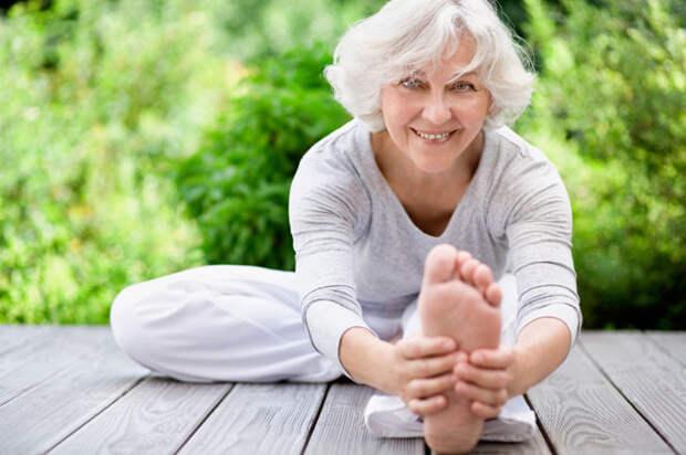 Усталости и болей в теле как ни бывало! Простая йога для тех, кому 50+