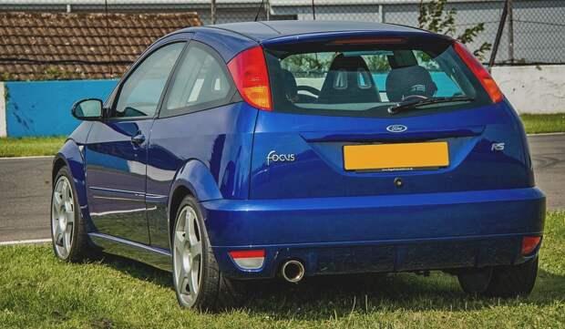 «Форд Фокус» стал самым популярным среди подержанных авто в России