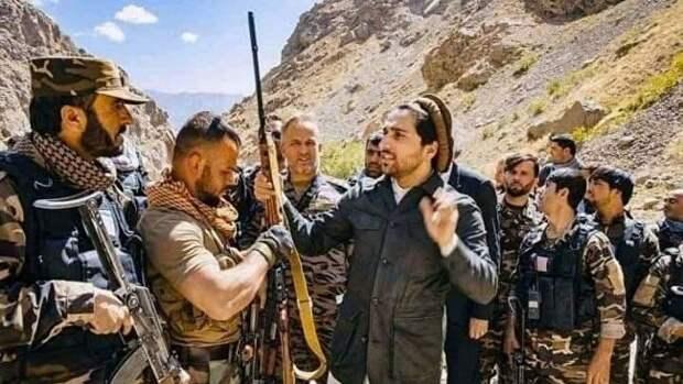 Афганистан: Салех назначил себя и.о. президента, талибы обещают, Панджшер дает бой