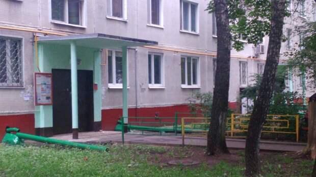 На Туристской улице полицейские задержали приезжего за серию квартирных краж